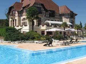 geheel gerenoveerd chateau cazaleres in daumazan